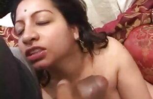 गर्म श्यामला इंग्लिश सेक्स मूवी दिखाओ उंगलियों उसे योनी छेद
