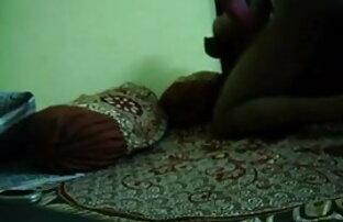 घर के बाहर एरोटिक दौरान भारी मोड इंग्लिश मूवी सेक्सी वीडियो में मुर्गा की कोशिश करता है