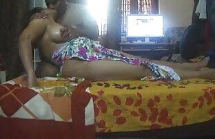 पतला छोटे स्तन के इंग्लिश मूवी सेक्सी वीडियो साथ श्यामला एक साठ नौ और एक मुर्गा चूसने