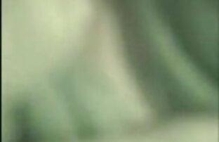 रानी जोलेन उसके बड़े स्तन और इंग्लिश ब्लू सेक्सी पिक्चर छेदा भगशेफ के साथ खेलता है